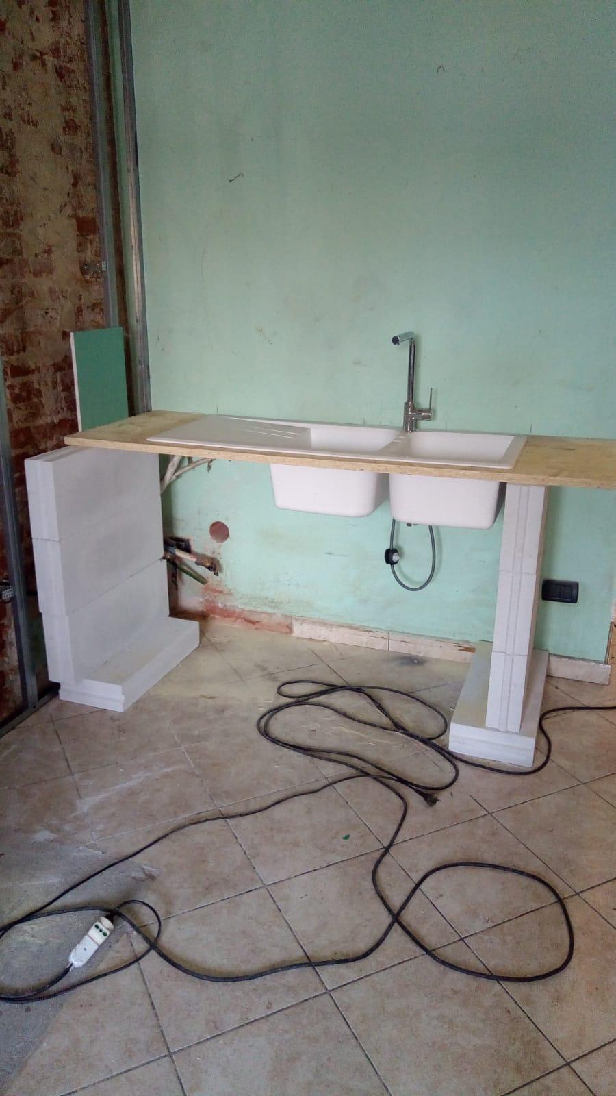 Struttura per posa lavandino in cucina in muratura - DEAS ...