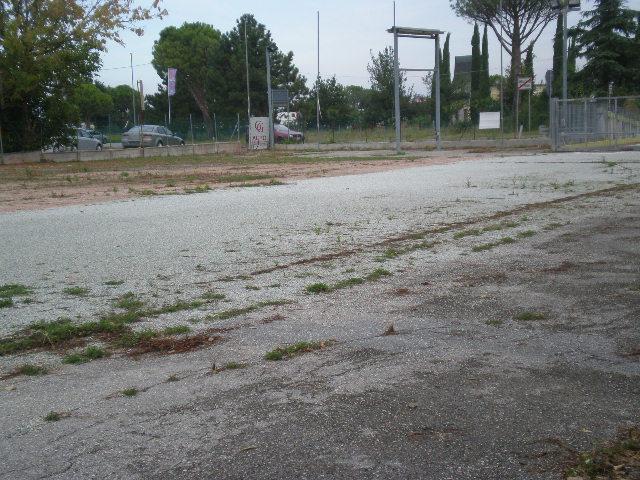 affitto-piazzale-a-santarcangelo-di-romagna-uso-esposizione-e-piccola-ristorazione
